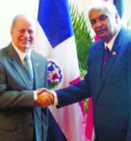 RD estrecha relaciones con Trinidad
