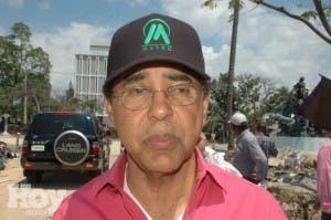 Diandino pide a diputados aprobar préstamos Metro