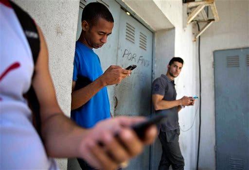 Amazon lanzará teléfono inteligente en 2014