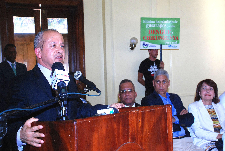 Autoridades se unen contra el chinkungunya en  San Cristóbal