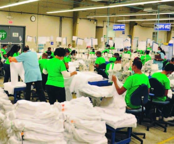 Medina participa inauguración planta empresa