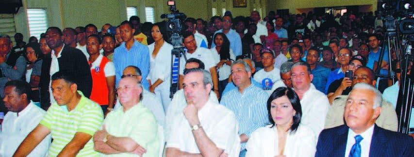 Hipólito quiere Gobierno meta presos ladrones    del PRD y PLD