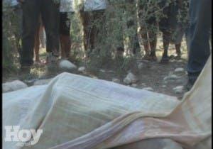 Hallan hombre muerto con signos de violencia en una finca de Dajabón