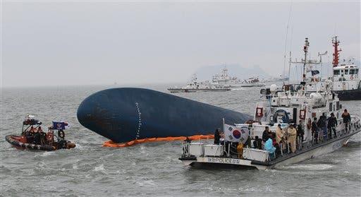 Giró brusco el ferry hundido; retardó el rescate