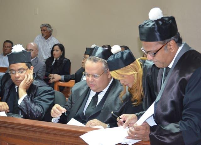 Tribunal se reserva fallo en amparo preventivo en defensa de loma Miranda