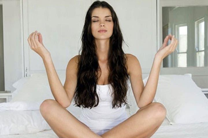 Meditar en la oficina ayuda a combatir el estrés