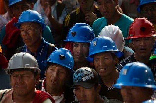 Finaliza plazo para mineros extraen oro en Perú