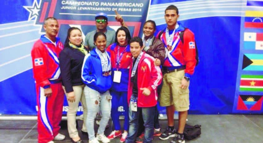 Pesistas juveniles RD logran 11 medallas en Panam; hay 4 oro
