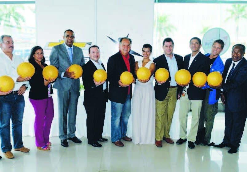 Acto de lanzamiento del proyecto que donará 17,000 balones