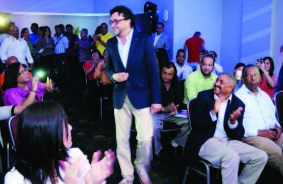 Andrés Cepeda compartió con los periodistas en Santo Domingo