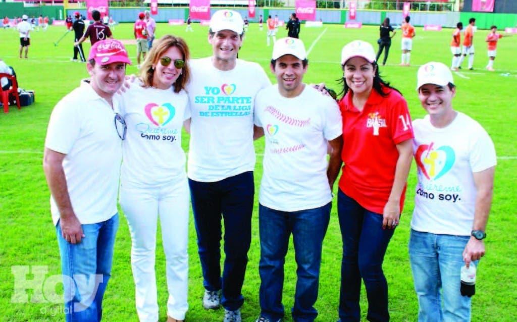 Andrés Zentella, María Esther Villanueva, Oscar Villanueva, Ryan Larraudi, Vielka Guzmán y Raúl Camilo