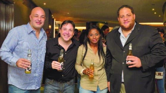 Carlos Suárez, Adrián Pierini, Johanna Peguero y Manuel Angomás
