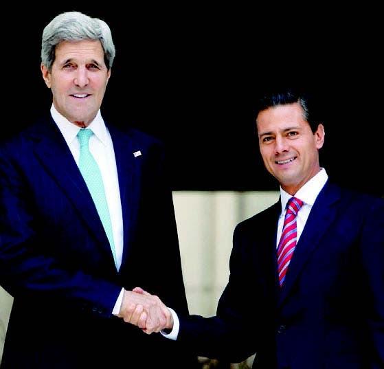 El Secretario de Estado EU Jhon Kerry con el presidente Peña Nieto