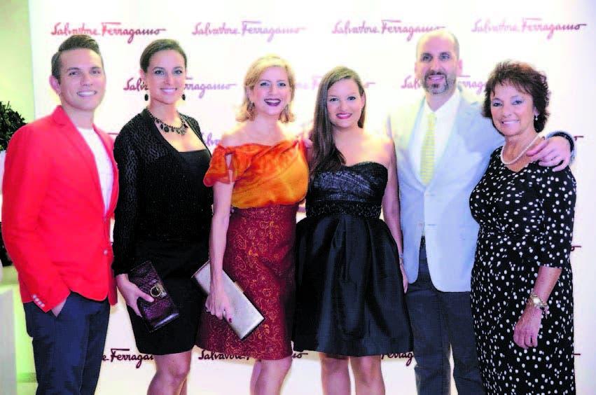 Emrah Polatoglu, Pilar Álvarez-Palazio, Patricia Lama, María Consuelo Bonilla, Dominic Martino y María Adad