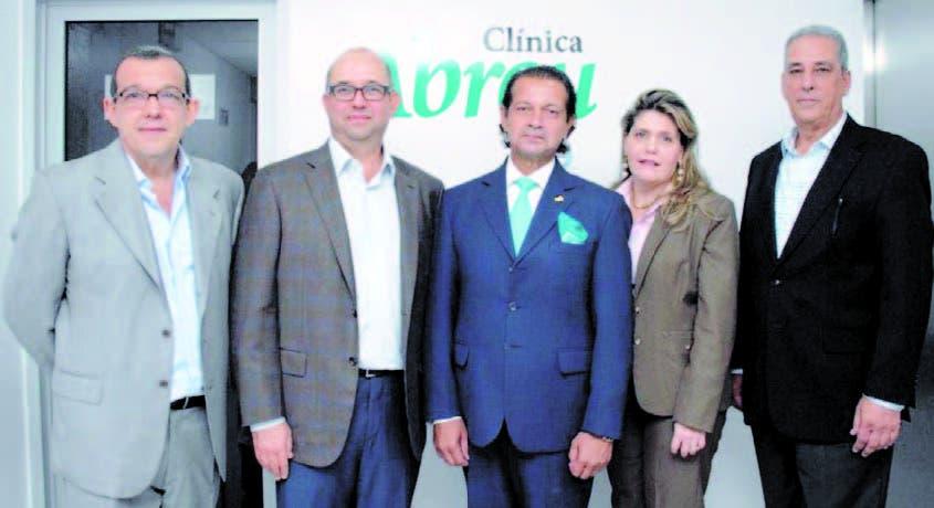 Ivo Rodríguez, Helenio Arqué, Luis Rojas, Jacqueline de la Cruz y Mikel Goico echea