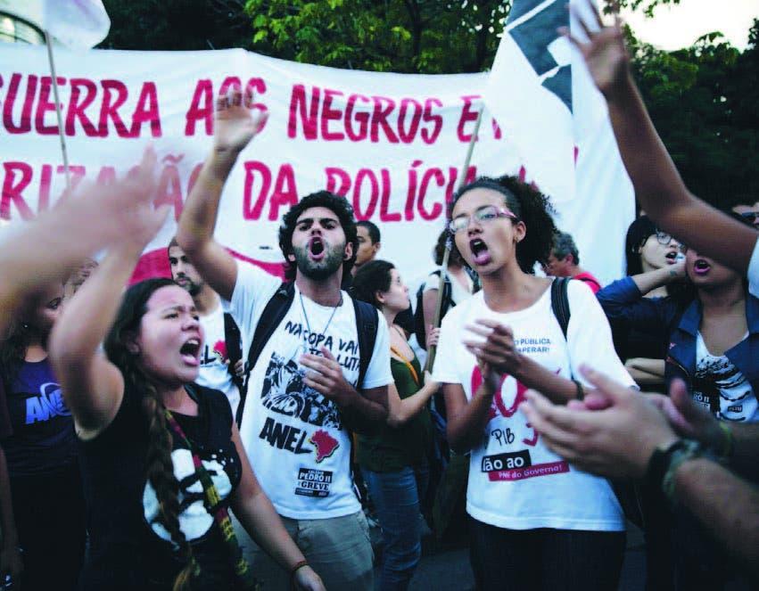 Aumentan las protestas en Brasil a menos de un mes de celebrar Mundial de Futbol