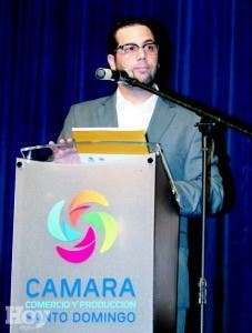 Manuel J. Luna, durante el coctel inaugural de la conferencia