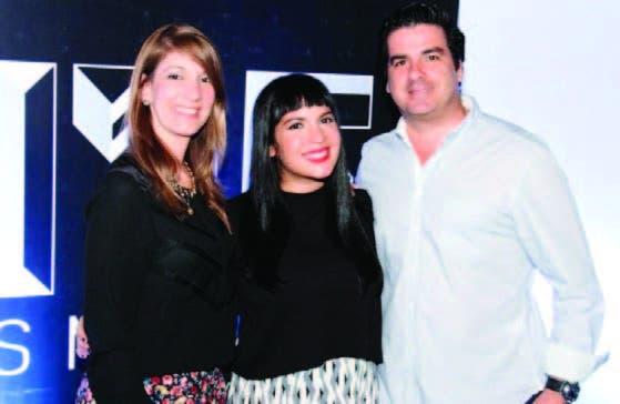 María Teresa Ferreiro, Verónica Modesto y Francis Woss