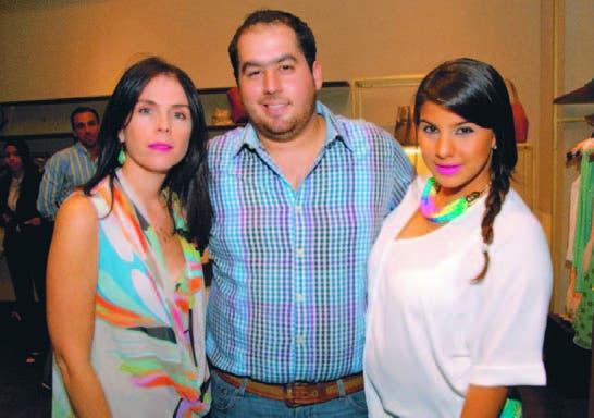 Michelle Dupoy, Raúl Rodríguez y Gabriella Morales