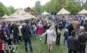 """Recreación de """"Zoo humano"""" crea polémica en bicentenario Constitución noruega"""