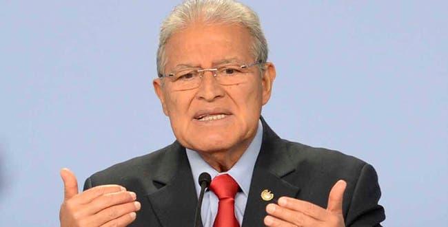 Salvador Sánchez Cerén asume este domingo la presidencia.