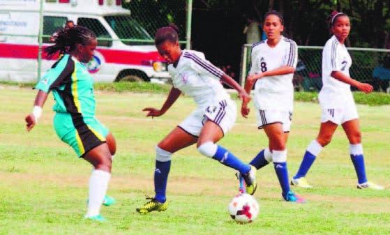 Betzaida Ubrí, estelar de la selección dominicana el partido