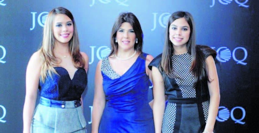 Claudina Bogaert, Gina Ciaccio De Bogaert y  Carolina Bogaert