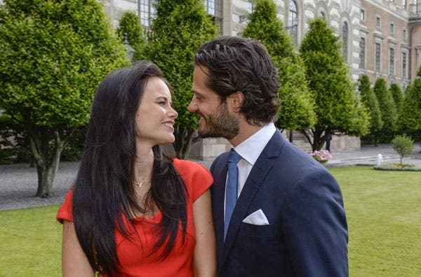 El príncipe Carlos Felipe de Suecia se casará en 2015