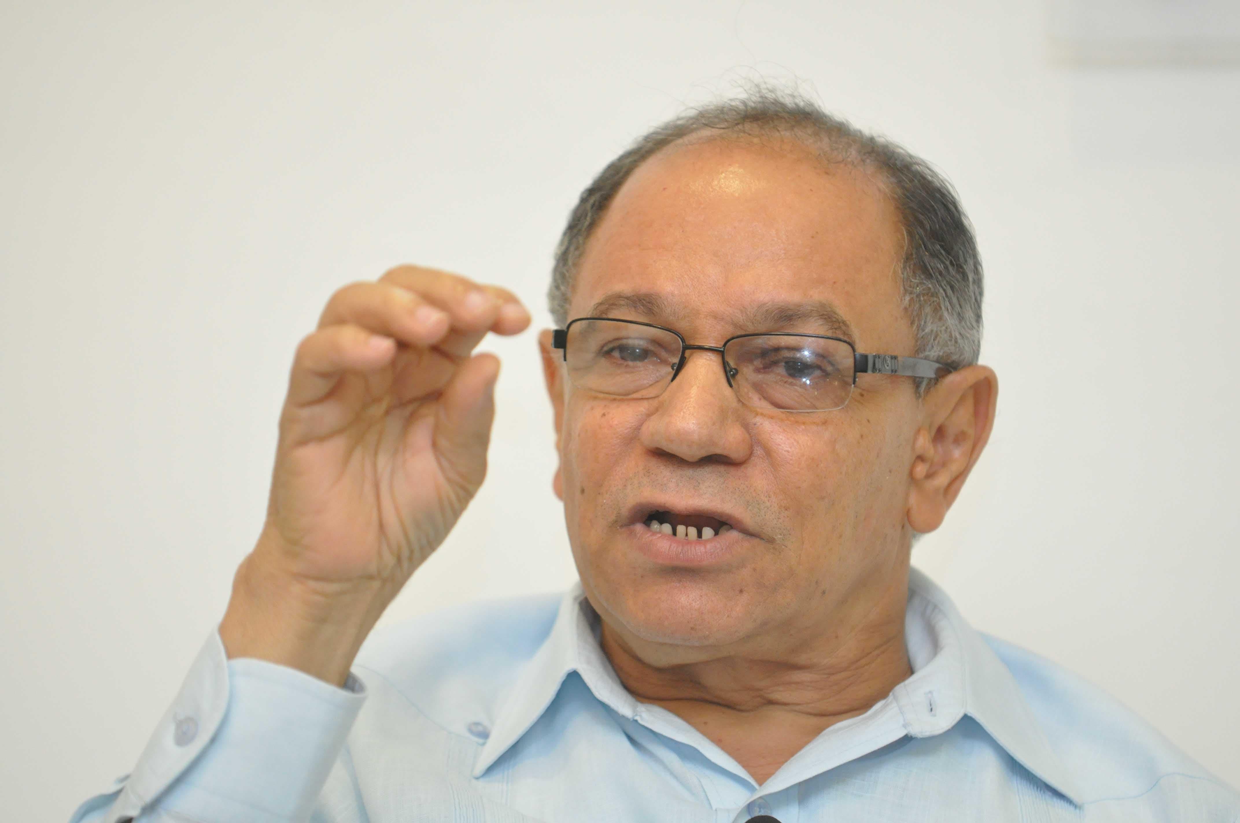 Pepe Abreu: Danilo que ponga el ejemplo y aumente salarios del sector público