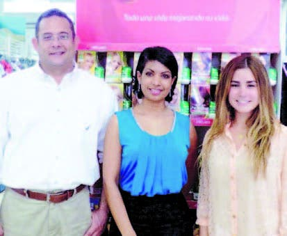 Jesús del Castillo, Scarlet Valenzuela y Carolina Tarrazo