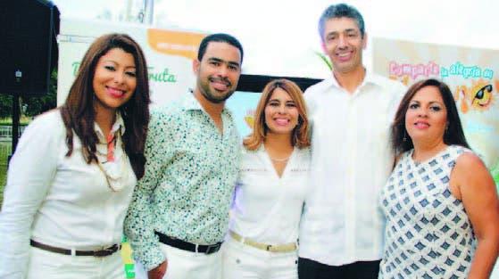 Laura Pérez, Roberto Caraballo, Carmen Páez,  Luis Enciso y Carolina Pantaleón