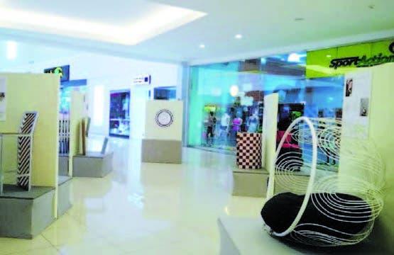 Parte de los diseños mostrados en la exposición