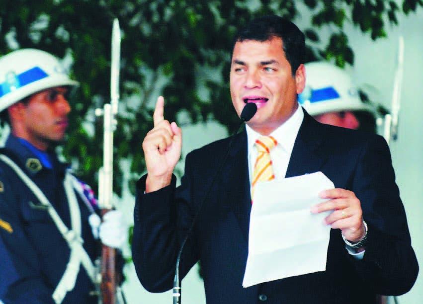 Rafael Correa contará con el tipo de demanda de activos de mayor rendimiento que ha impulsado los bonos del país desde que empezaron a negociarse el 20 de junio