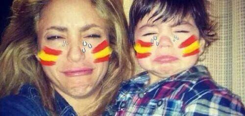 Shakira admite tristeza de Piqué pero alega tener «formas de animarlo»
