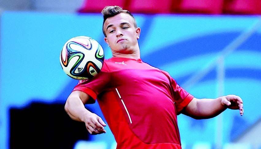 Xherdan Shaqiri, jugador de Suiza, que siempre está dispuesto en la cancha, pues mantiene ofensiva