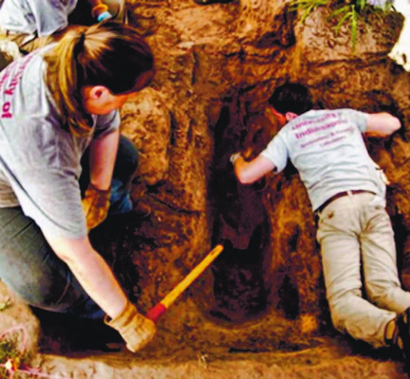 hallazgo tuvo lugar durante trabajos realizados por antropóloga Lori Baker, y la forense Krista Latham,
