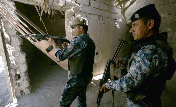 CIENTOS DE SOLDADOS Y CIVILES EJECUTADOS POR INSURGENTES, SEGÚN EJÉRCITO IRAK