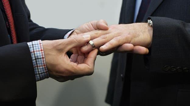 Suiza aprueba el matrimonio gay en referéndum