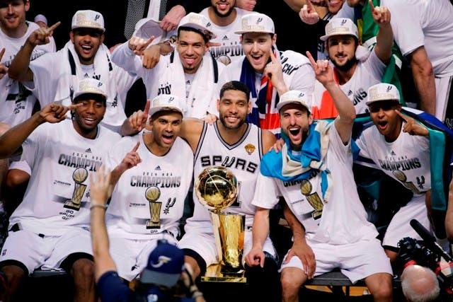 """Estrellas de la NBA reiteran el """"orgullo"""" de vestir la camiseta nacional"""