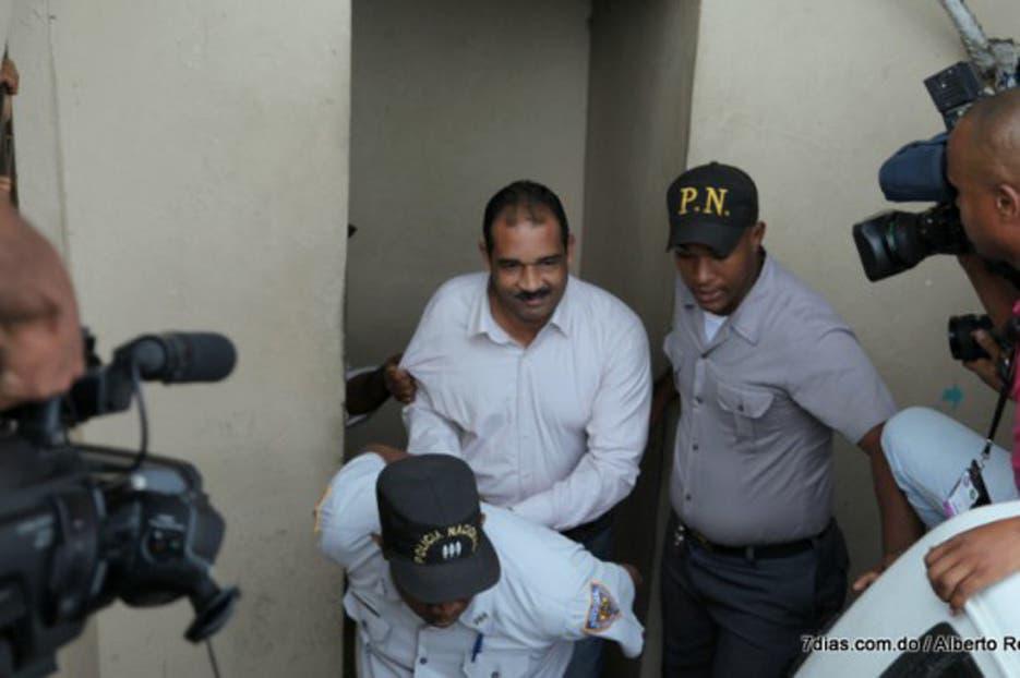 Incidentan conocimiento coerción a implicados asesinato regidor Bayaguana