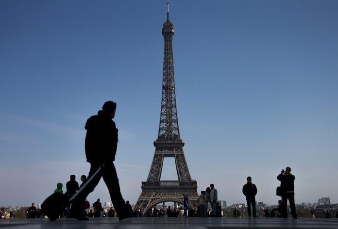 La Torre Eiffel cierra hoy por los disturbios durante la final de la Eurocopa