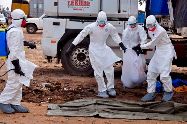 El mundo está perdiendo la batalla contra el ébola