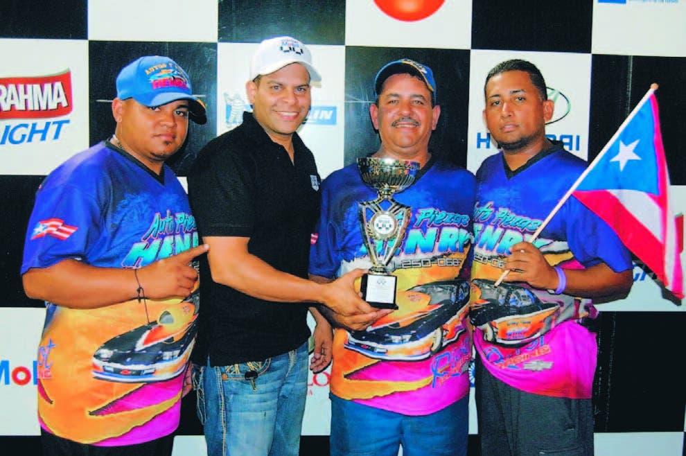 Los pilotos de Puerto Rico se roban el show carrera Dragueo