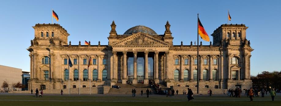 Berlín rechaza la idea griega de comité de sabios para reparaciones de guerra