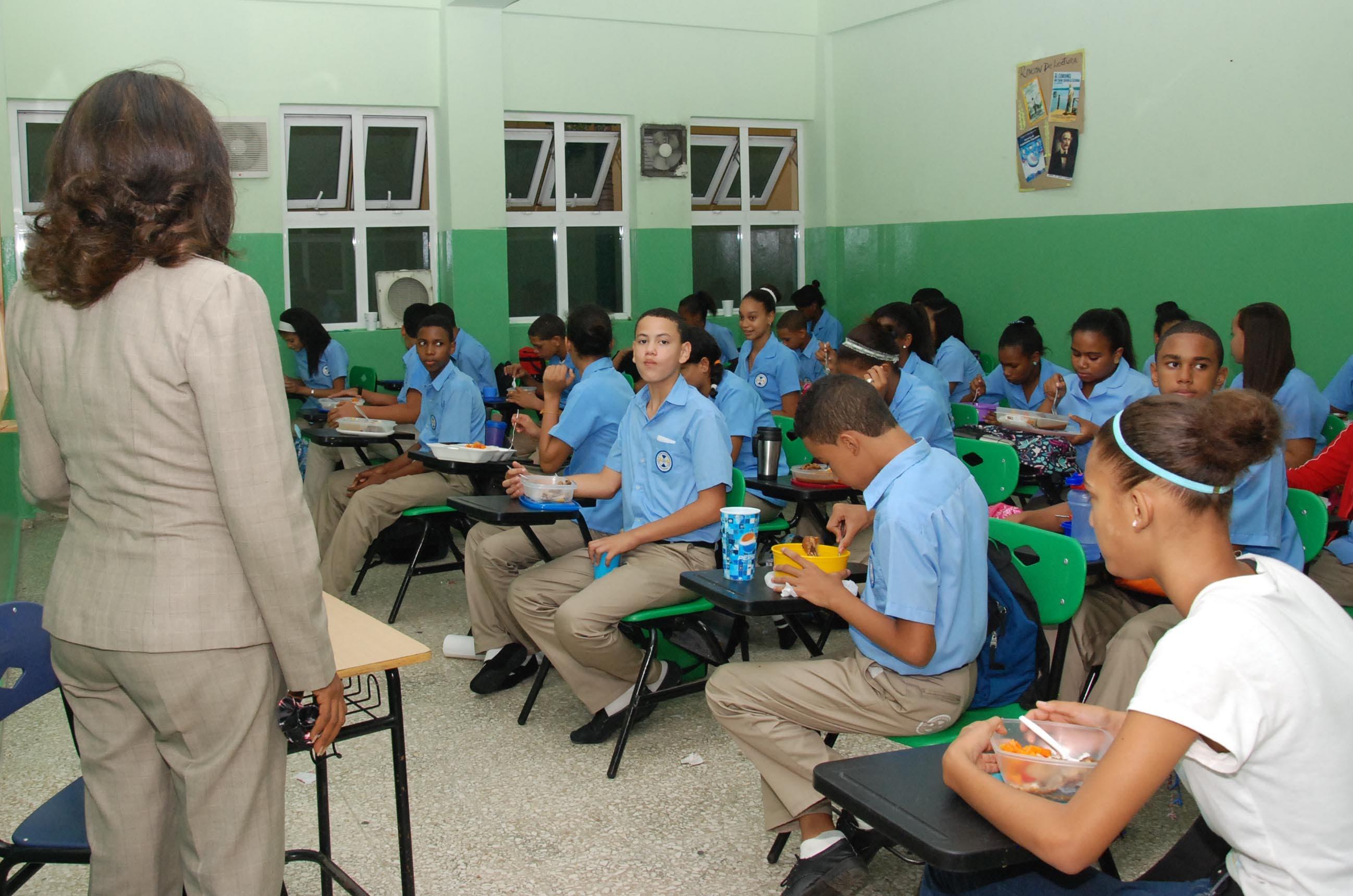 Suplidores alimentos a escuelas no acaten guía son sancionables