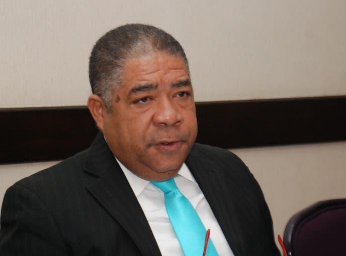 Ignacio Ditrén critica a alcaldes presentaron candidato a la LMD sin autorización