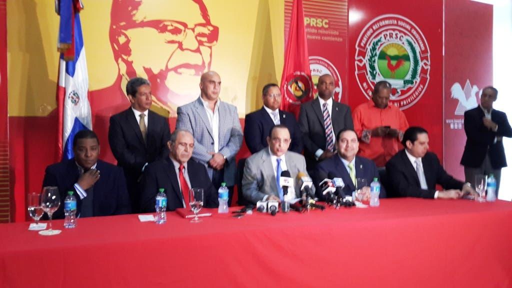 Quique Antún demanda gratuidad documentos para dominicanos en el exterior