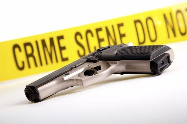 crimen tito pistola