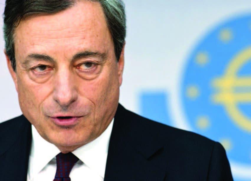 Página de Bloomberg. Draghi busca negociar, pero encuentra que política está atrapada en austeridad