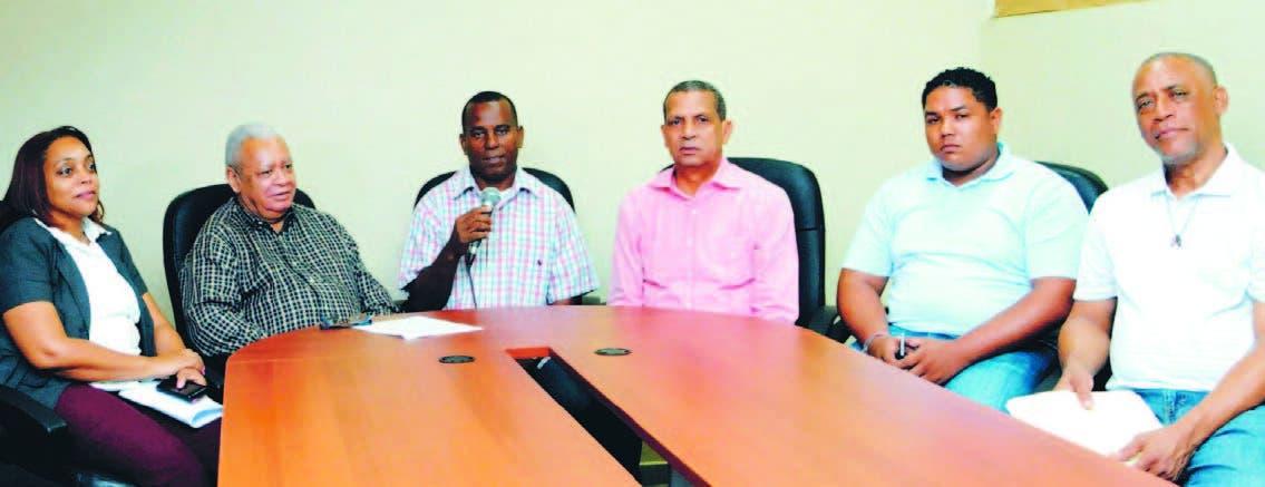 Designan comisiones para las actividades  del aniversario MB